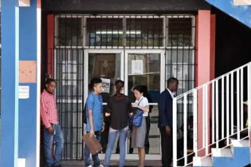 MoBay Chamber Wants Better Treatment For NIS Pensioners